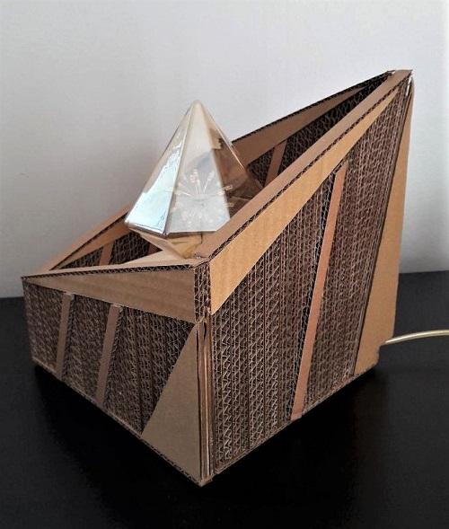 """KRL - Lampe en carton """"Diamant"""""""