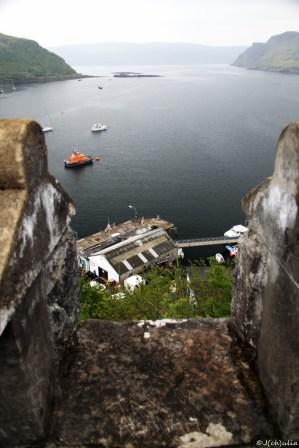 wir haben so ziemlich jeden Blickwinkel auf den Hafen von Portree erforscht.