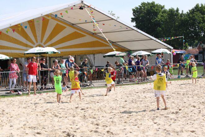 za1_voet-volleybal (2) (Groot)