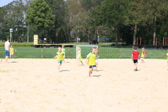 za1_voet-volleybal (3) (Groot)