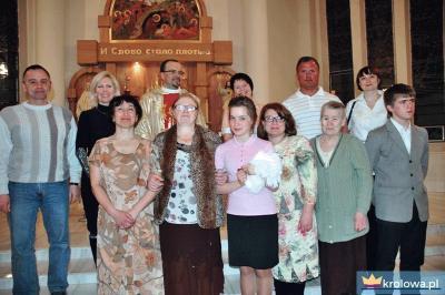 Daria z rodziną po chrzcie św.