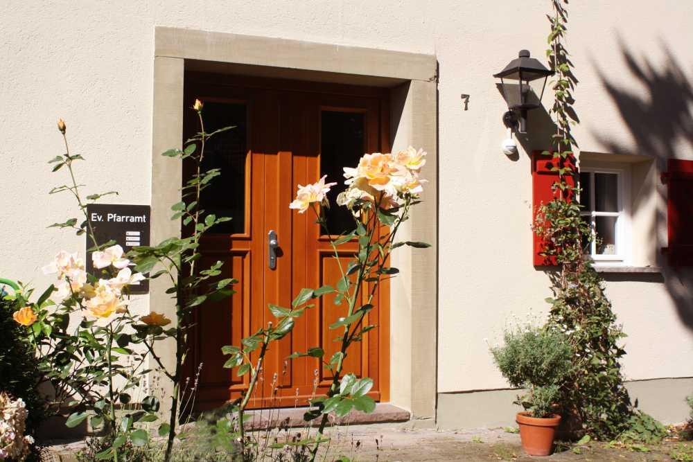 Pfarrhaus-Michelfeld_04__1531813957_5.56.243.145