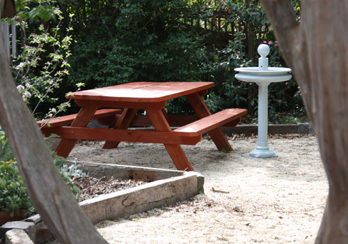 Heavy Duty Solid Outdoor Timber Picnic Tables Melbourne