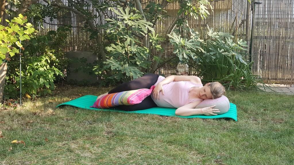 Meditieren mit Baby-Bauch
