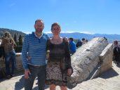 Per och Anna med Sierra Nevada i bakgrunden