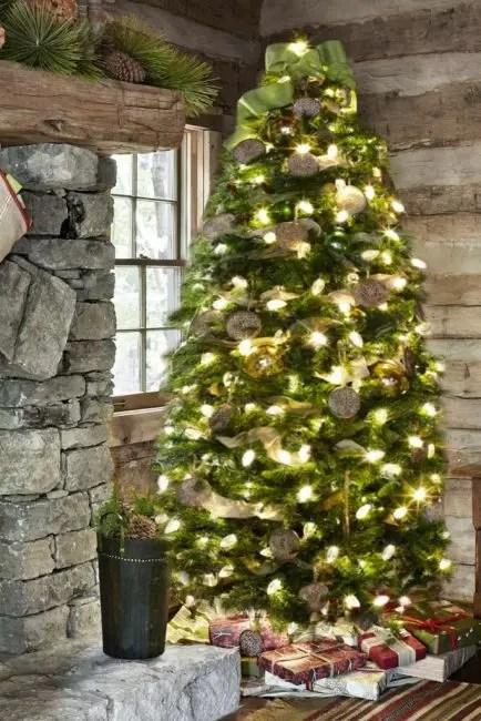 Skjemaer fra informasjonskapsler og burlap deler original dekorere juletre