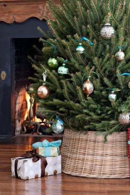Wicker Kashpo kompletterer perfekt bildet av naturlig rustikk jul