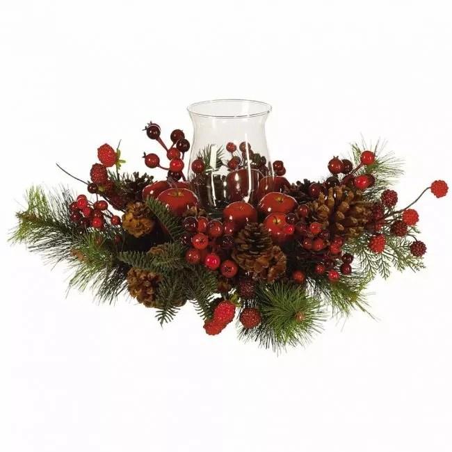 โคนไพน์สามารถใช้ร่วมกับกิ่งไม้ที่มีต้นสนสีแดงผลเบอร์รี่
