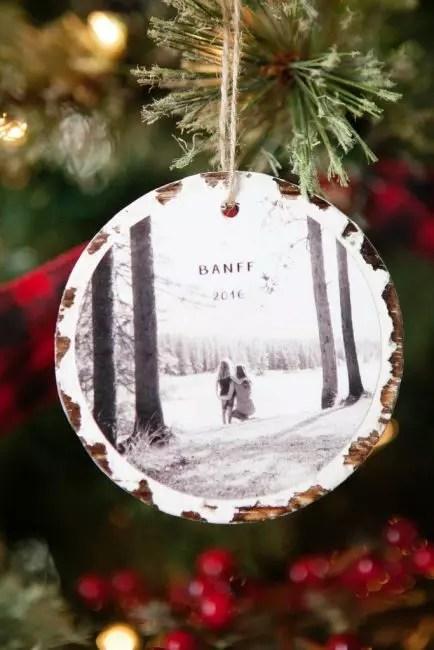 Воспоминания тоже имеют право украшать елку