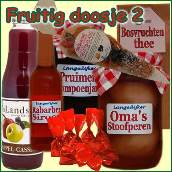 Kerstpakket Fruitig doosje 2 - Streekpakket gevuld met lokale streekproducten - Relatiegeschenk Specialist - www.krstpkkt.nl