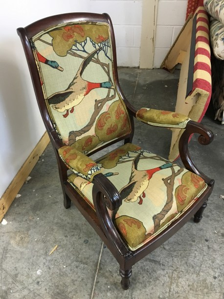 Ladies chair - Mulberry