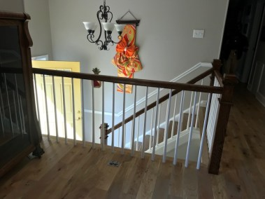 14 12 1 - Happy Clients Are The #1 Priority, Beautiful New Hardwood And Stained Rails/Stairs