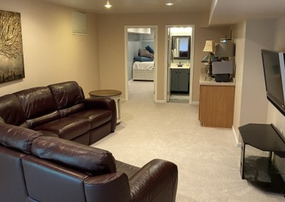 Happy Client and New Carpet Installation In Centreville