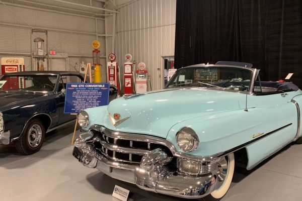 follow-the-auburn-auction-by-worldwide-auctioneers (1)