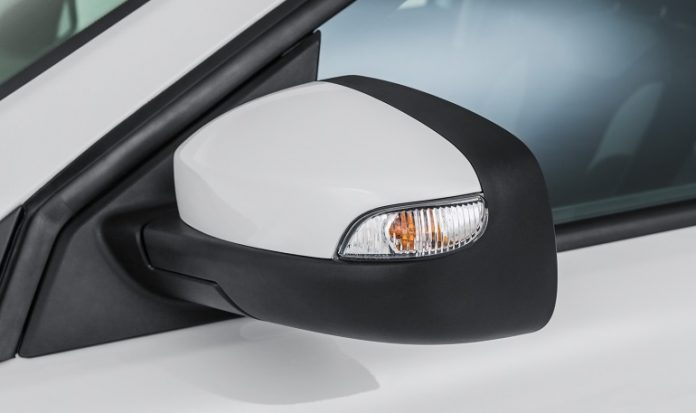 How to remove and disassemble the side mirror of the rear view
