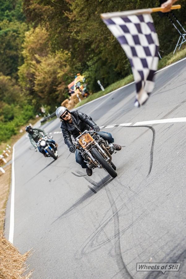 מרוץ אופנועים לא חוקי