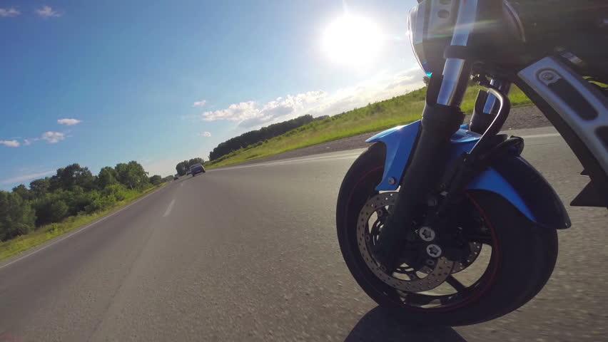 יציבות האופנוע אופנוען החליק