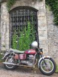 Mandelo-del-lario-motoguzzi-italy-trip-tal-koren-kruvlog-6