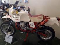 Mandelo-del-lario-motoguzzi-italy-trip-tal-koren-kruvlog-7