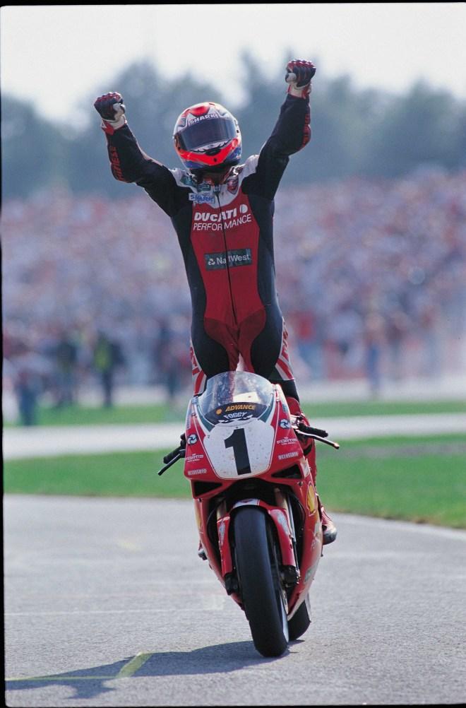 אלוף אופנועי הסופרבייק