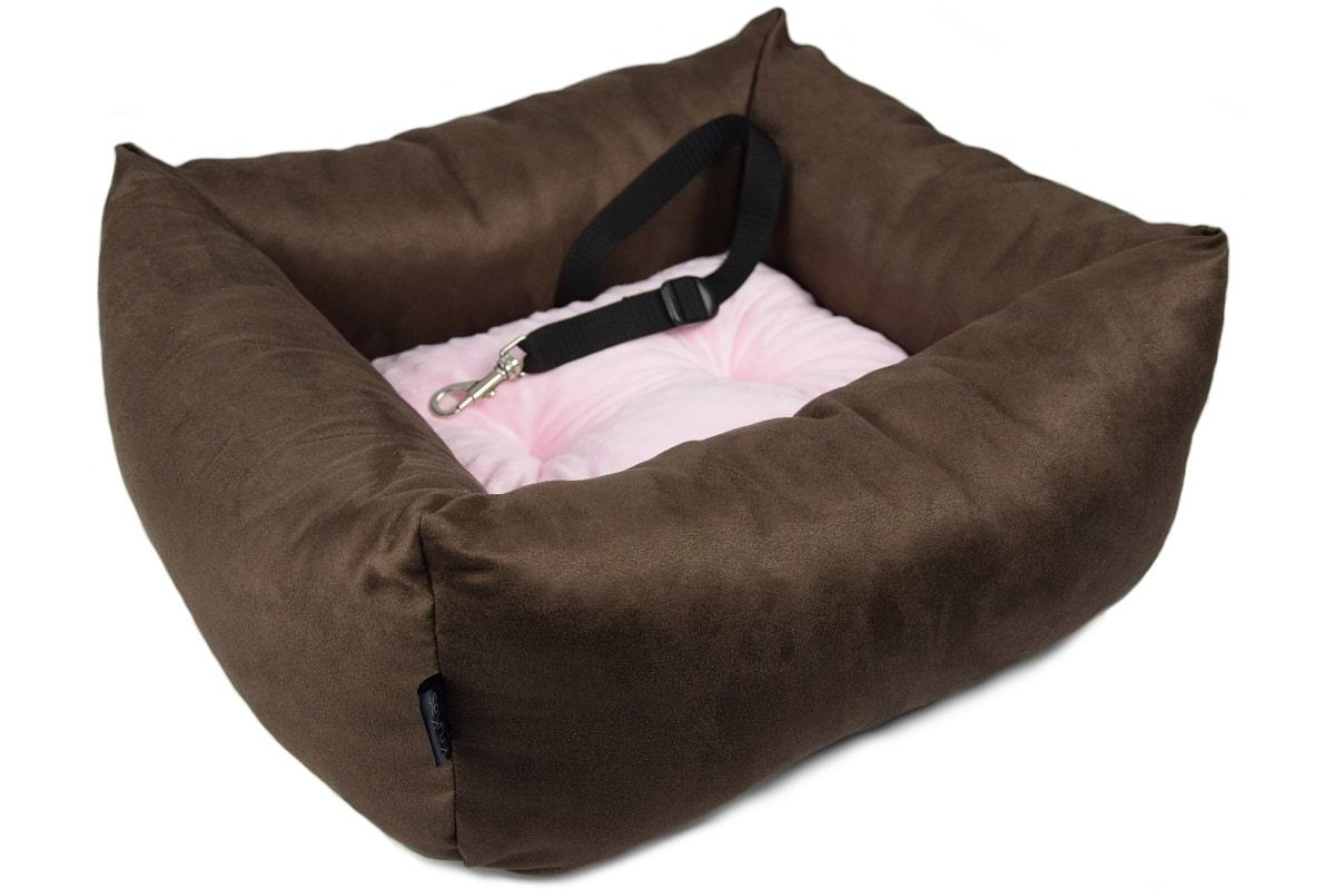 KryKas - antyalergiczny fotelik samochodowy premium dla psa - brązowy z różową poduszką