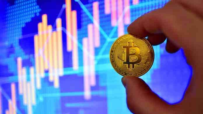 BTC krátkodobo klesá. Zdroj: Shutterstock.c
