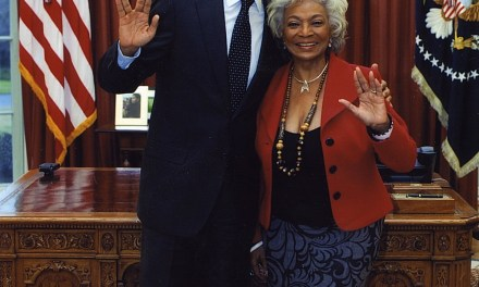 President Obama and Star Trek's Nichelle Nichols Flashing Vulcan Salutes. In the Oval Office.