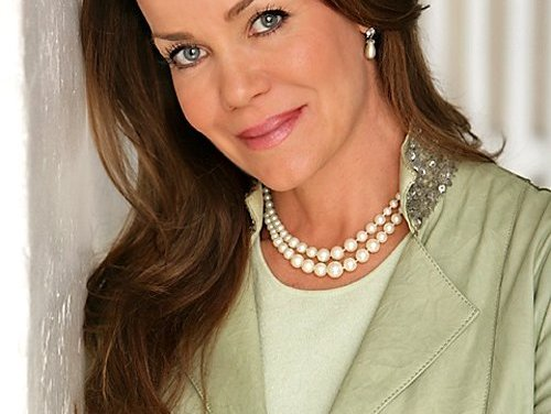 Happy Birthday, Claudia Christian! She's 52.