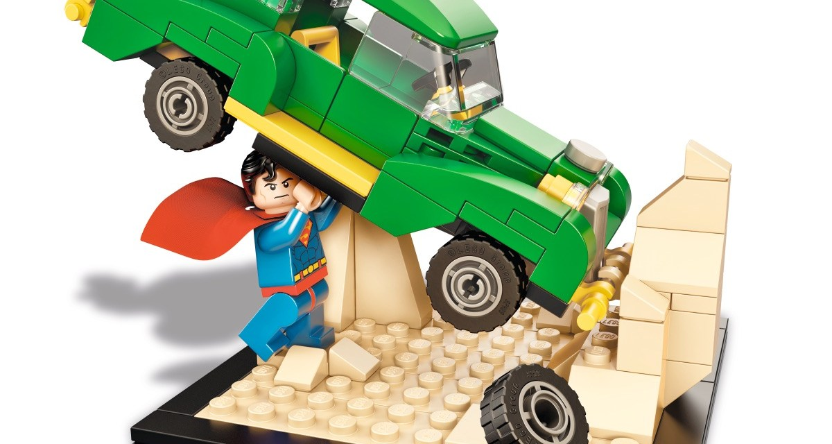 Special Retro LEGO Treat for Superman Fans at SDCC 2015