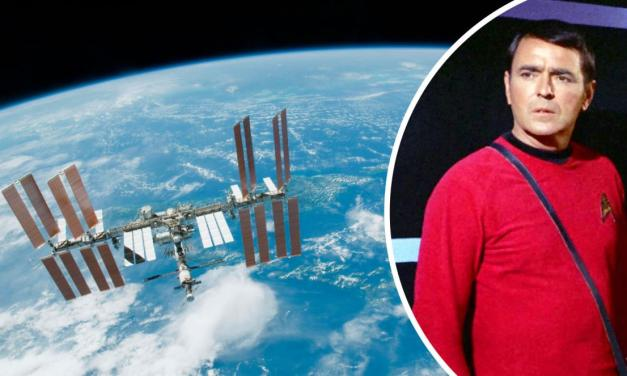 Lord British Smuggles Scotty Into Space