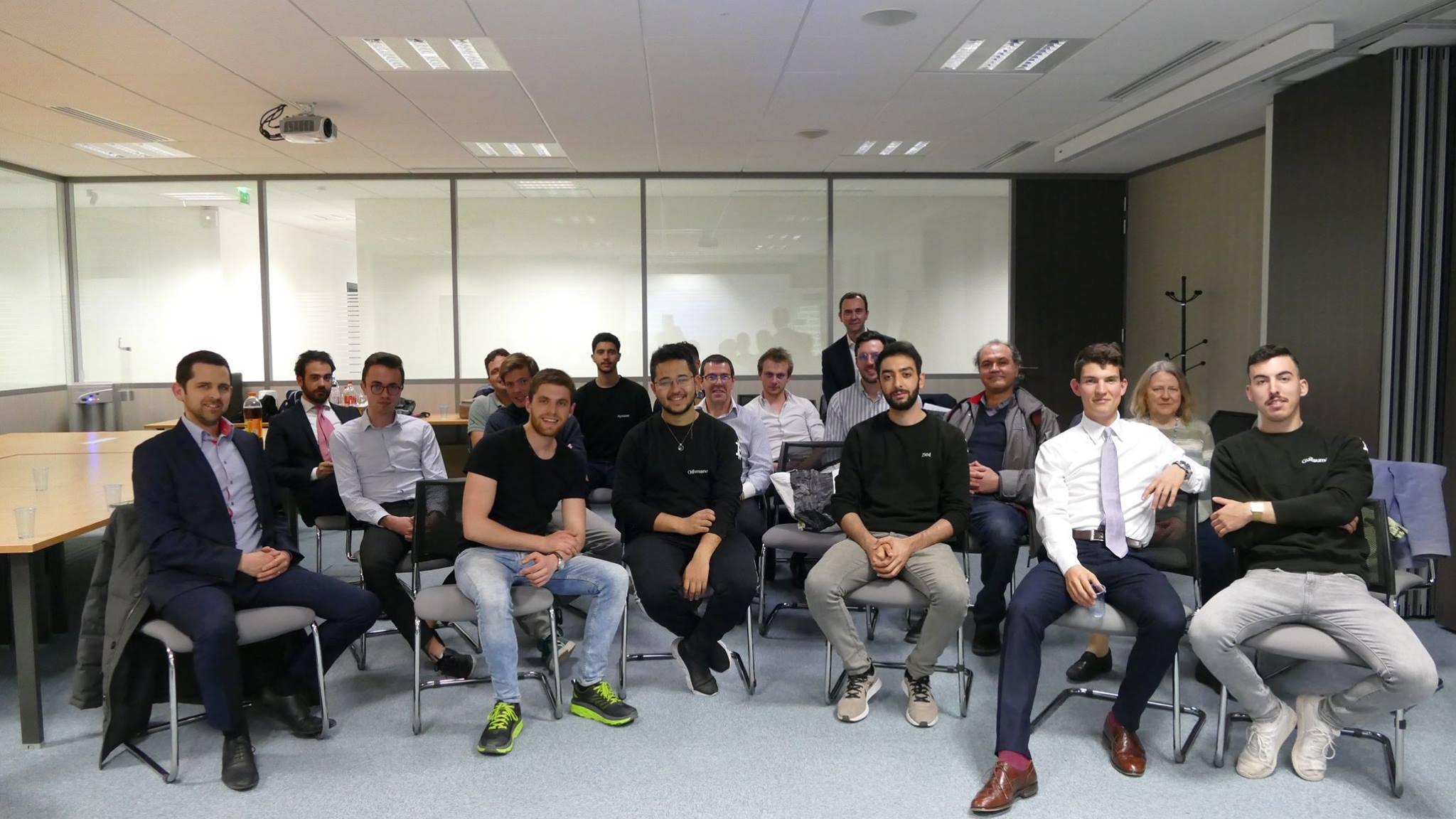 L'équipe de KryptoSphere Kedge BS présente lors du meet-up dans les locaux du Cabinet Fidal