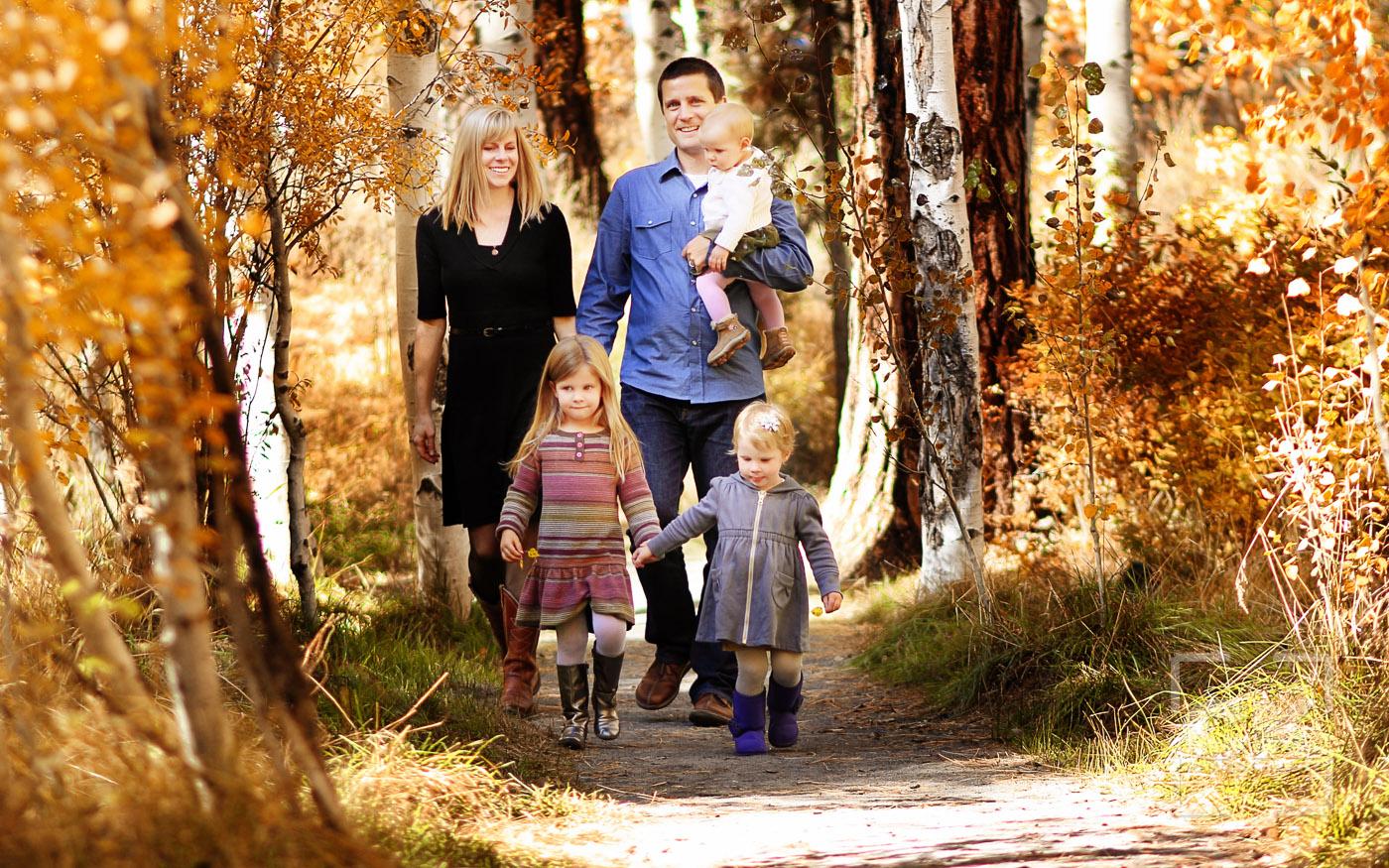 Chris Kryzanek Photography family - fall leaves