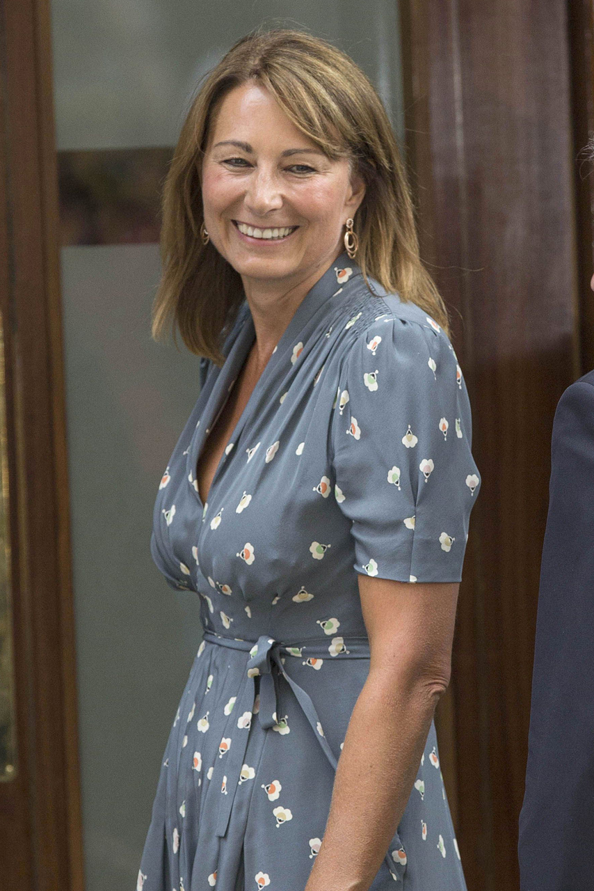 Kate Middletons Mum Carole Continues Nanny Role In Wales