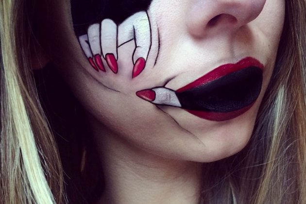 Hand On Face Halloween Makeup Tutorials