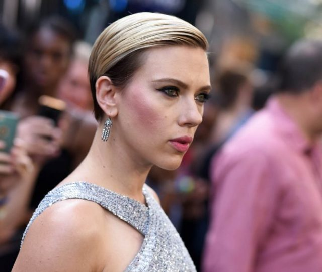 Scarlett Johansson Rub And Tug