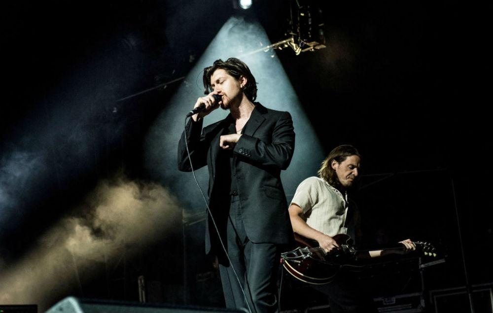 Arctic Monkeys batphone live la prima volta