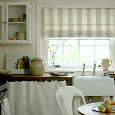 Kitchen Curtains Or Blinds Which One Is Right For You