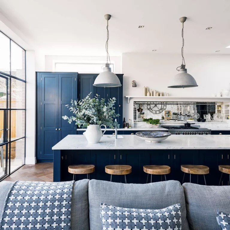 Best 43 Inspiration Cool Mix Color Blue And White Kitchen Cabinets Design Ideas