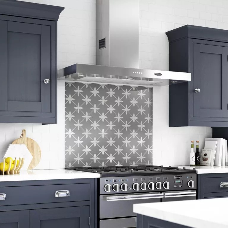 White Kitchen Grey Splashback