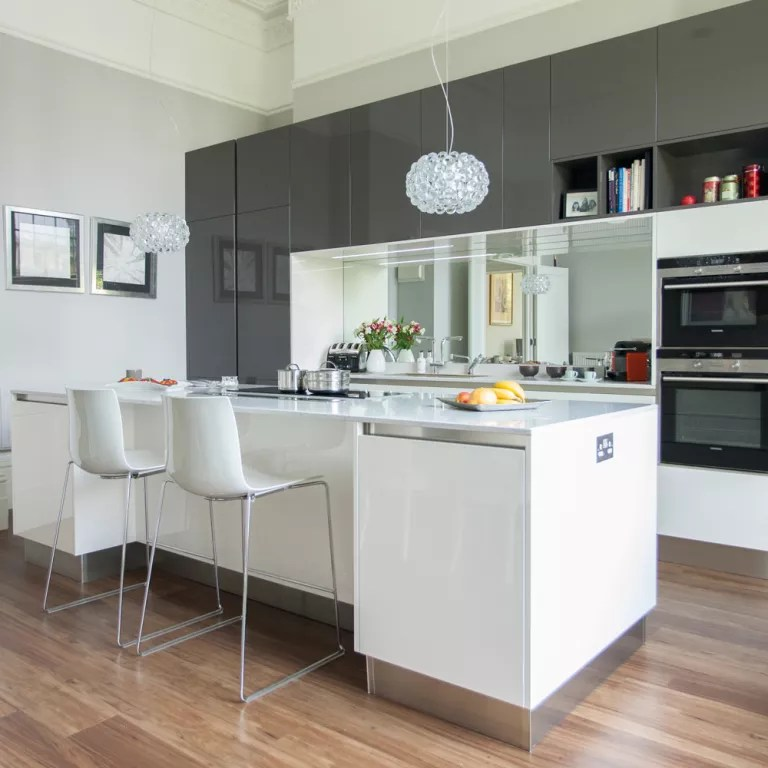 Narrow Kitchen Breakfast Bar