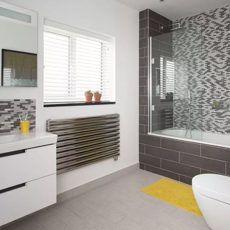 Bathroom layout plans - for small and large rooms