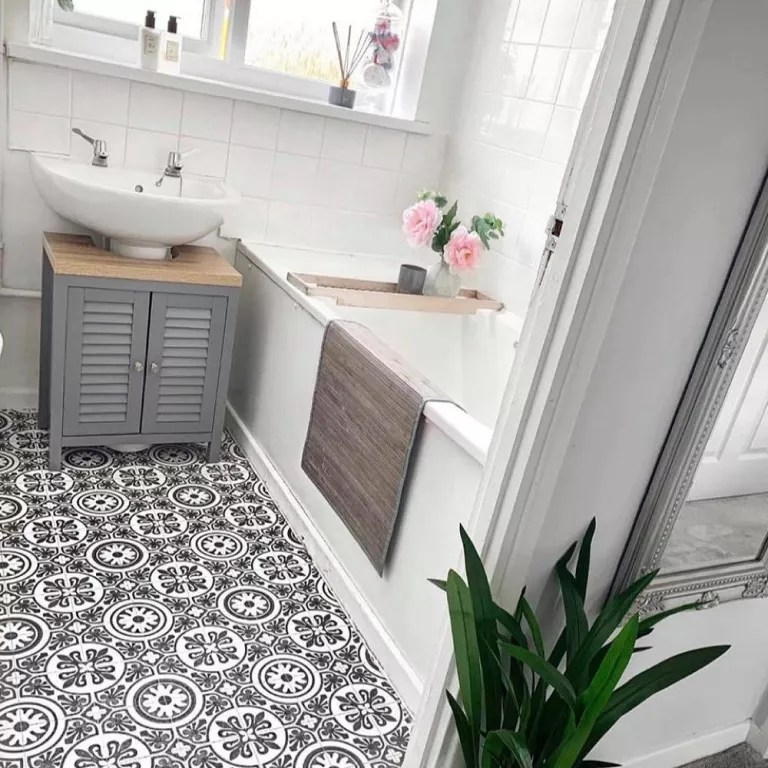 mum s diy vinyl bathroom flooring