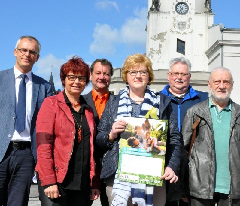 Dirk Danckert (von links), Katrin Pfannenschmidt, Peter Böse, Sabine Blümel, Jürgen Schulz und Klaus-Dieter Klitsch.Foto: Jörg Schulze