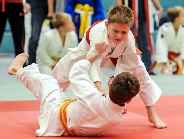 Kinder- und Jugendspiele – Judo –