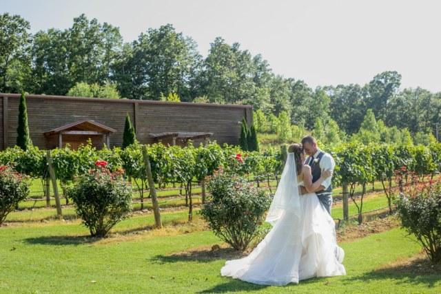 Natchez Hill Vineyard wedding