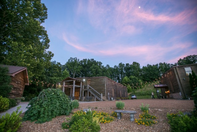 natchez hills winery Reception at sunset