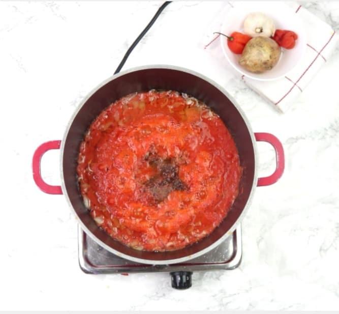 Fish stew process shot
