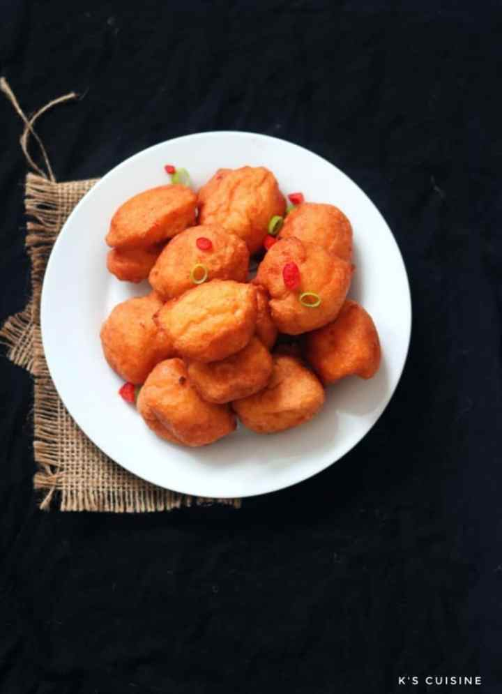 Akara garnished with spring onions