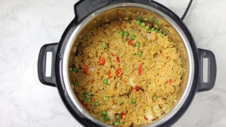 cooked paella in pressure cooker