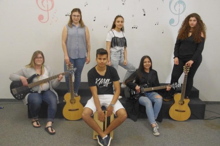 Jugendband - Üst Gecit
